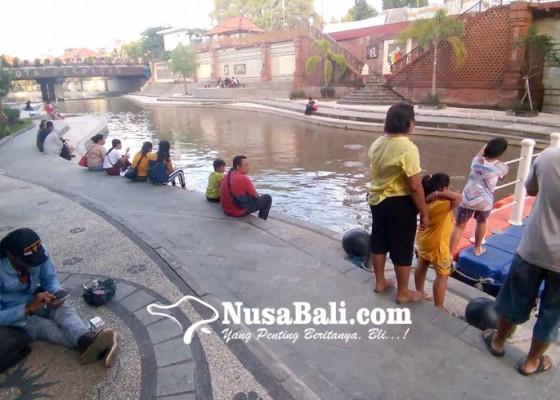 Nusabali.com - taman-kumbasari-tukad-badung-dilengkapi-layanan-free-wifi