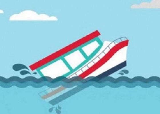 Nusabali.com - kapal-motor-tenggelam-12-penumpang-hilang