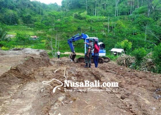 Nusabali.com - satu-warga-tolak-pembebasan-lahan