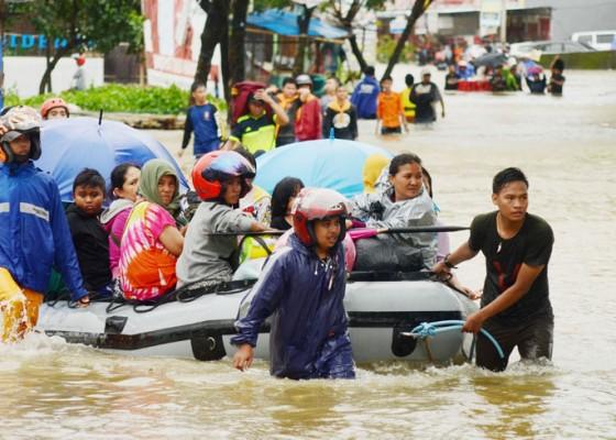 Nusabali.com - banjir-di-makassar