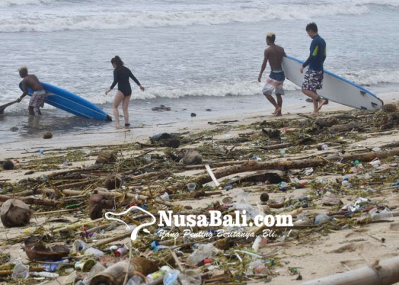 Nusabali.com - balawista-pantau-wisatawan-nekat