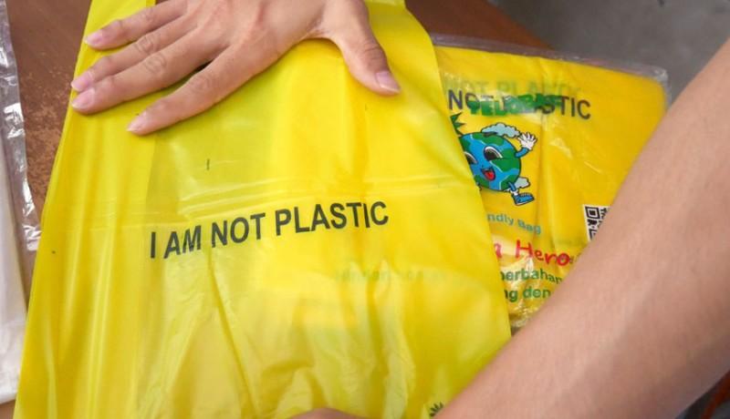www.nusabali.com-pedagang-kantong-plastik-kehilangan-pembeli