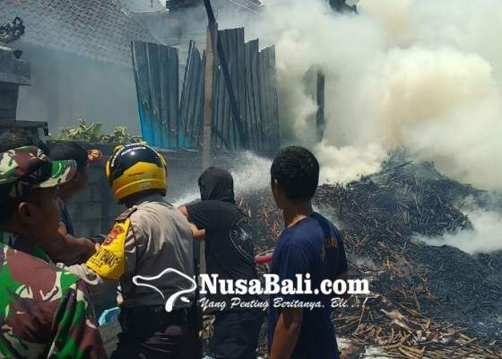 Nusabali.com - gudang-terbakar-warga-sapiang-panik