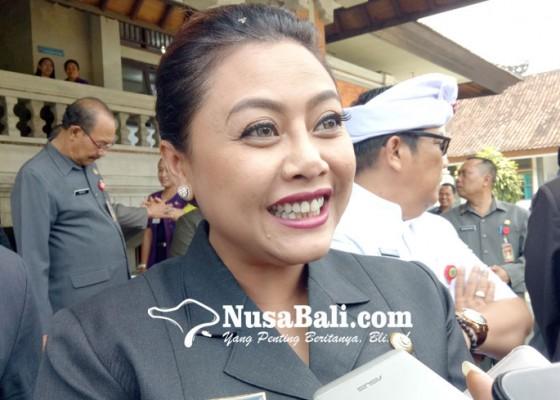 Nusabali.com - bupati-sebut-mutasi-lihat-dewasa-ayu