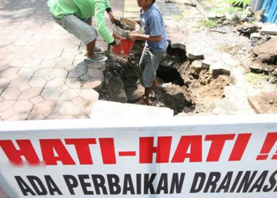 Nusabali.com - drainase-diusulkan-jadi-pengurai-kemacetan