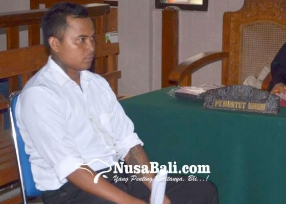 Nusabali.com - hajar-pemotor-di-jalan-divonis-4-bulan