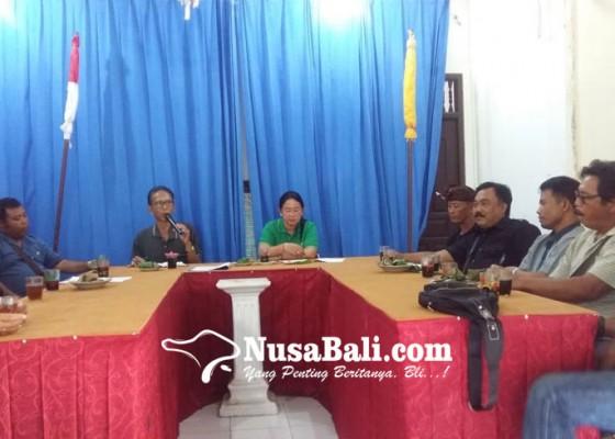 Nusabali.com - dlh-bangli-imbau-warga-bungkus-sampah-dengan-kampil