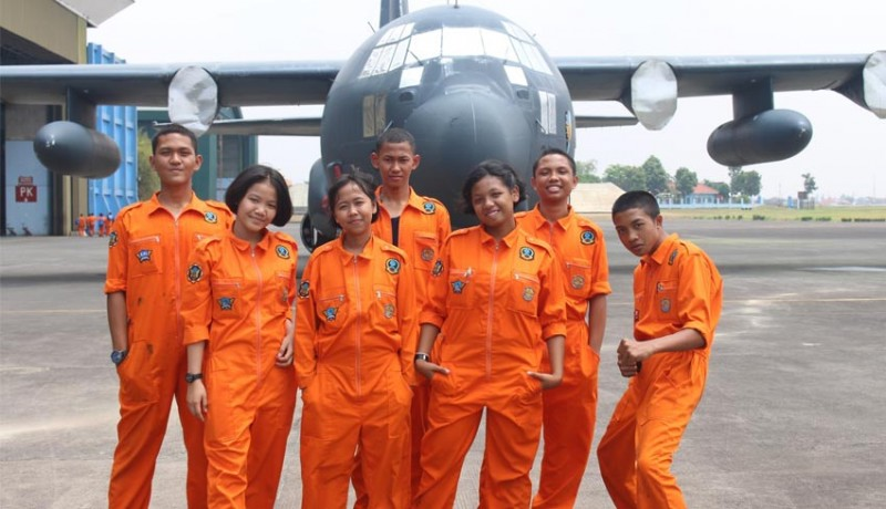 www.nusabali.com-smk-penerbangan-cakra-nusantara-beri-beasiswa-sesuai-program-pemerintah-bsm-pip-dan-bidik-misi