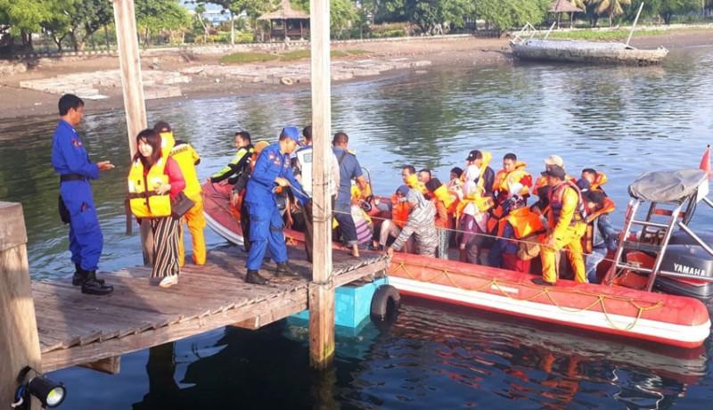 www.nusabali.com-kapal-kandas-5-jam-evakuasi-383-penumpang