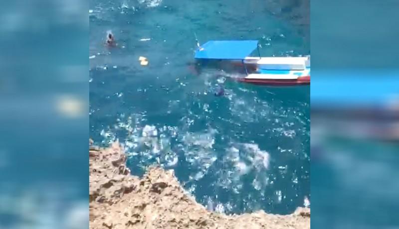 www.nusabali.com-diterjang-ombak-boat-diving-tenggelam