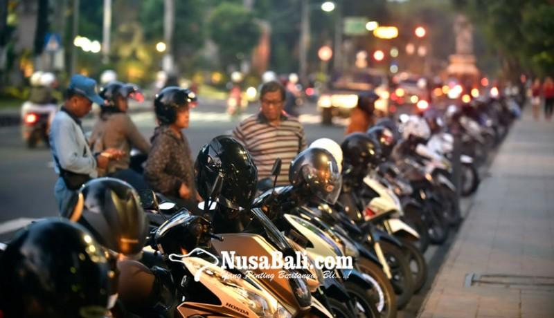 www.nusabali.com-kurangi-kantong-parkir-tepi-jalan