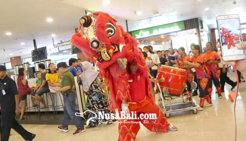 www.nusabali.com-barongsai-ngelawang-di-plaza-renon