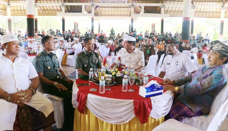 www.nusabali.com-letkol-paulus-dandim-klungkung-yang-baru