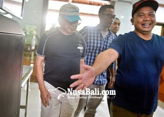 Nusabali.com - buron-korupsi-rp-108m-ditangkap-di-bali