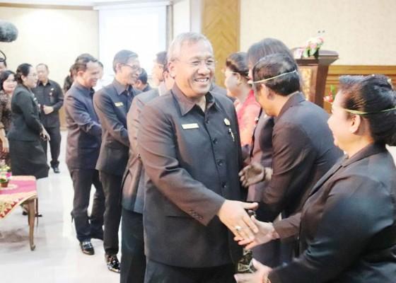 Nusabali.com - dewan-harapkan-perekonomian-masyarakat-meningkat