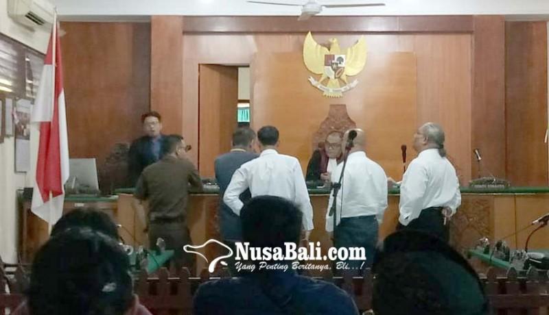www.nusabali.com-pentolan-ormas-disidang-kasus-penggelapan