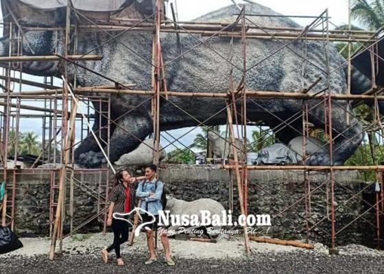 Nusabali.com - lubak-jumbo-hiasi-desa-wisata-tegallalang