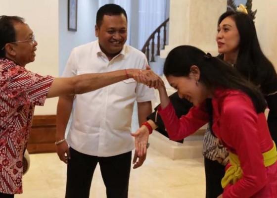 Nusabali.com - gubernur-wayan-koster-dukung-gek-diah