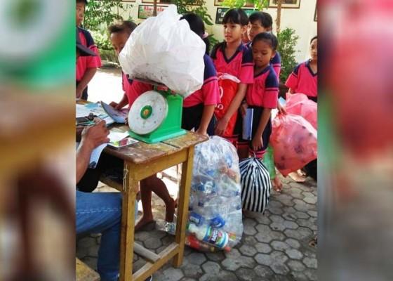 Nusabali.com - siswa-wajib-nabung-di-bank-sampah