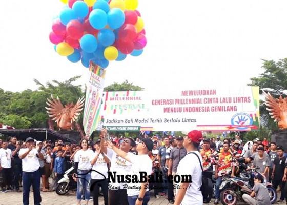 Nusabali.com - ratusan-milenial-jembrana-deklarasikan-road-safety