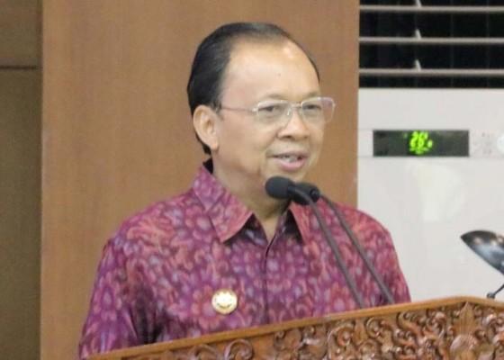 Nusabali.com - gubernur-kembalikan-7-kewenangan-ke-kabupaten