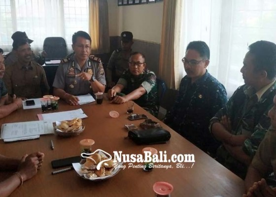 Nusabali.com - warga-bukian-keluhkan-limbah-babi