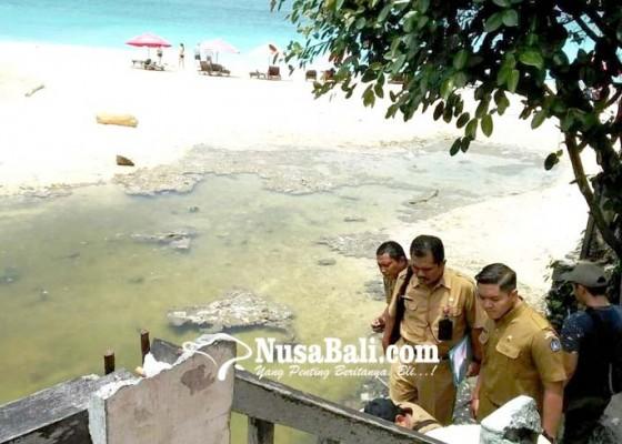 Nusabali.com - limbah-cair-cemari-pantai-dreamland