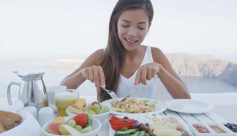 www.nusabali.com-kesehatan-sarapan-tepat-sebelum-pukul-9