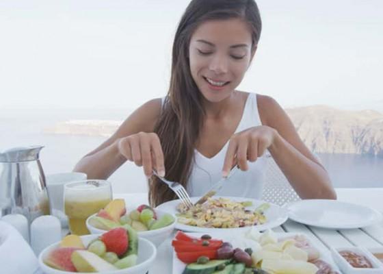 Nusabali.com - kesehatan-sarapan-tepat-sebelum-pukul-9