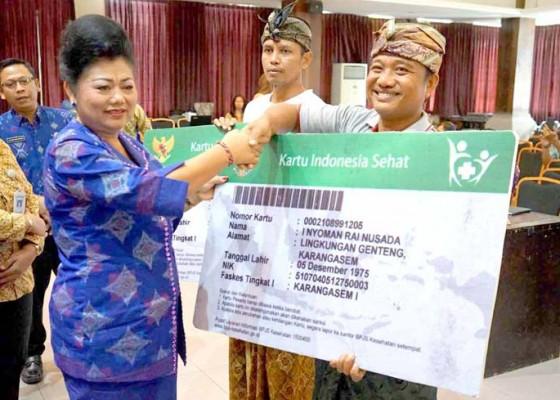 Nusabali.com - bupati-mas-sumatri-tandatangani-kerjasama-dengan-bpjs
