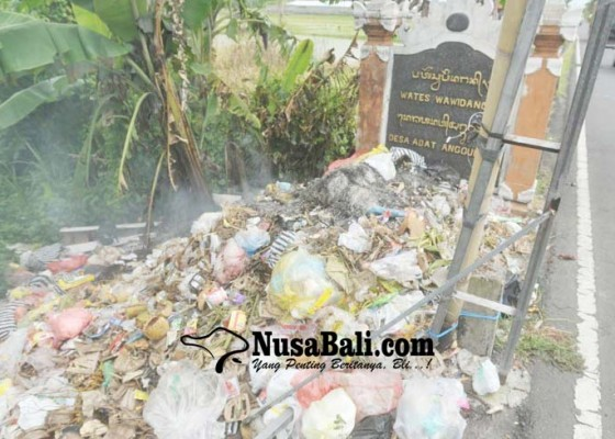 Nusabali.com - tps-liar-di-jalan-raya-anggungan-muncul-lagi