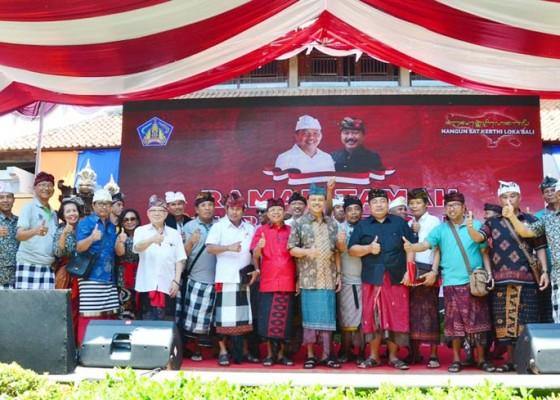 Nusabali.com - koster-kumpulkan-1100-ketua-lpd