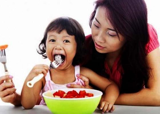 Nusabali.com - kesehatan-jangan-paksa-anak-makan