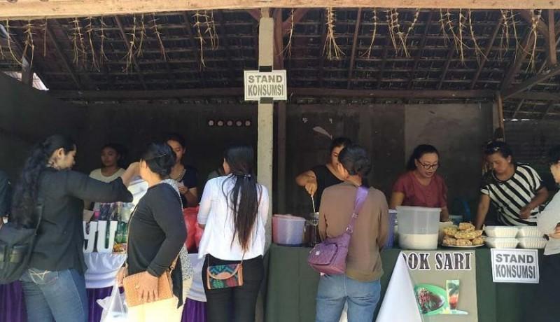 www.nusabali.com-buka-warung-makan-gratis-di-acara-rat