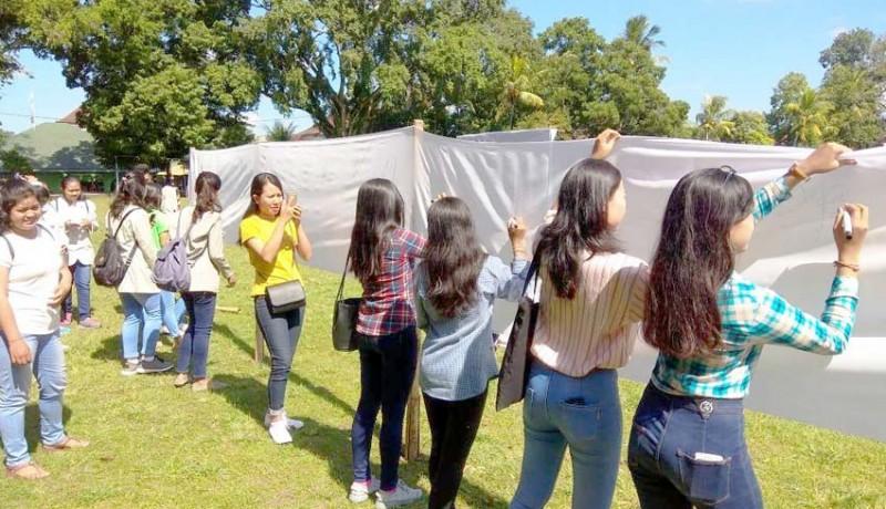 www.nusabali.com-mahasiswa-teken-petisi-siap-memilih-di-tabanan