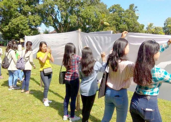 Nusabali.com - mahasiswa-teken-petisi-siap-memilih-di-tabanan