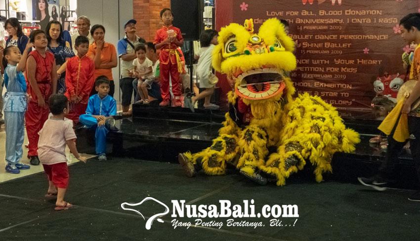 www.nusabali.com-puluhan-penari-ballet-dan-wushu-cilik-ramaikan-panggung-plaza-renon