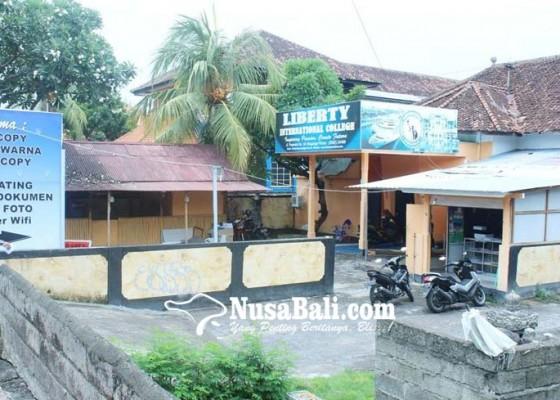 Nusabali.com - eks-asrama-putri-spg-dijadikan-gedung-parkir