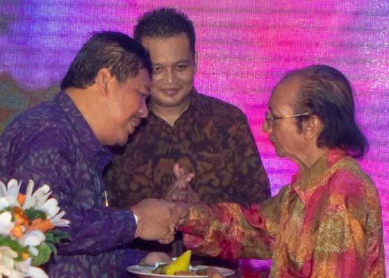Nusabali.com - bupati-artha-janjikan-evaluasi-kepemimpinan
