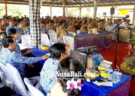 Nusabali.com - sebelas-perbekel-absen-di-musrenbangcam-abang
