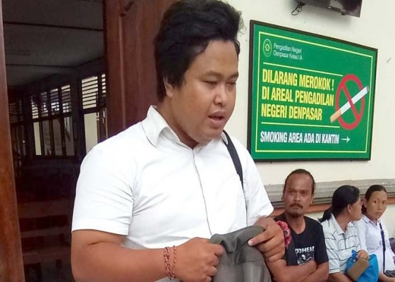 Nusabali.com - terdakwa-dosen-cabul-tidak-ditahan