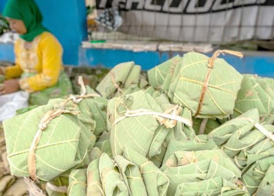 Nusabali.com - produksi-tempe-daun-jati