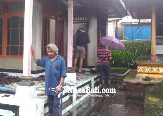Nusabali.com - rumah-terbakar-tangan-melepuh