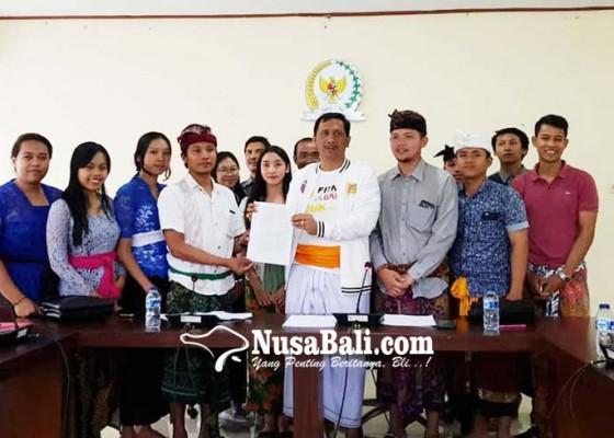 Nusabali.com - anak-ashram-mengadu-ke-dpd-ri