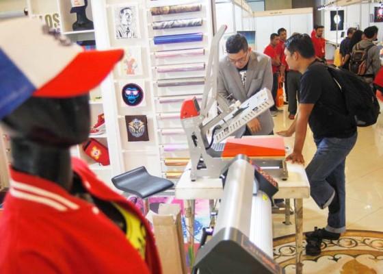 Nusabali.com - pameran-mesin-produksi-pakaian