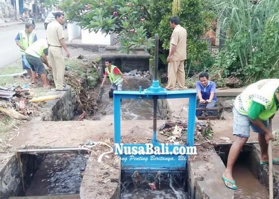 Nusabali.com - langganan-banjir-dijatah-rp-10-miliar
