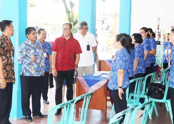 Nusabali.com - ombudsman-bali-pantau-tes-cat-pppk-pemkab-badung