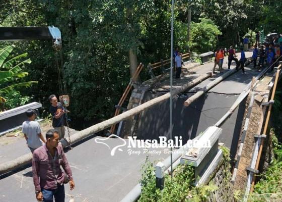 Nusabali.com - pupr-bangun-jembatan-darurat