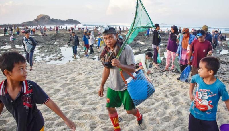 www.nusabali.com-festival-pesona-bau-nyale