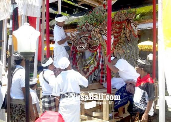 Nusabali.com - krama-sidemen-mapunia-salaran-barong